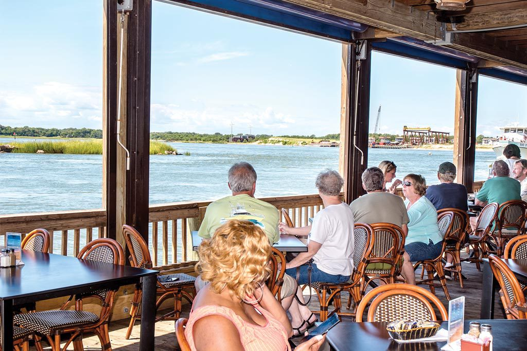 Virginia Beach restaurants on the water