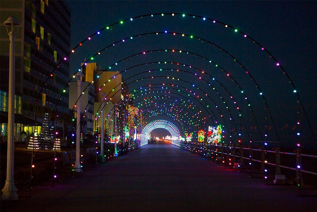 Bayport Credit Union Holiday Lights Merry Mile 2019
