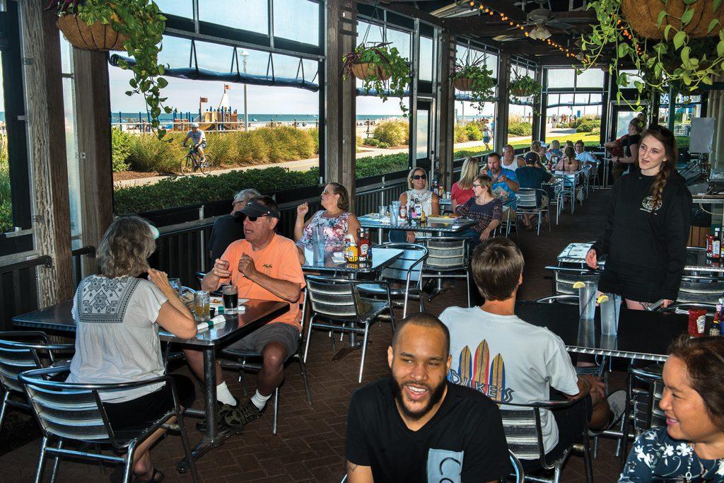 Virginia-Beach-boardwalk-restaurant