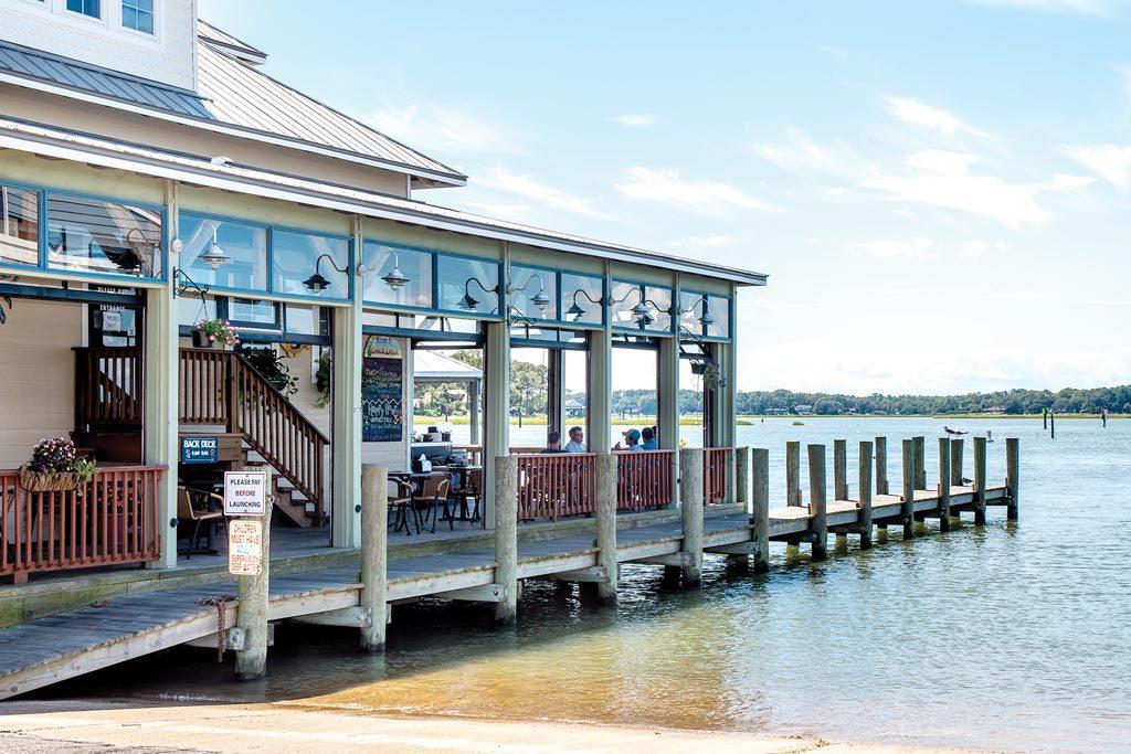 Chics-Beach-waterfront-restaurants